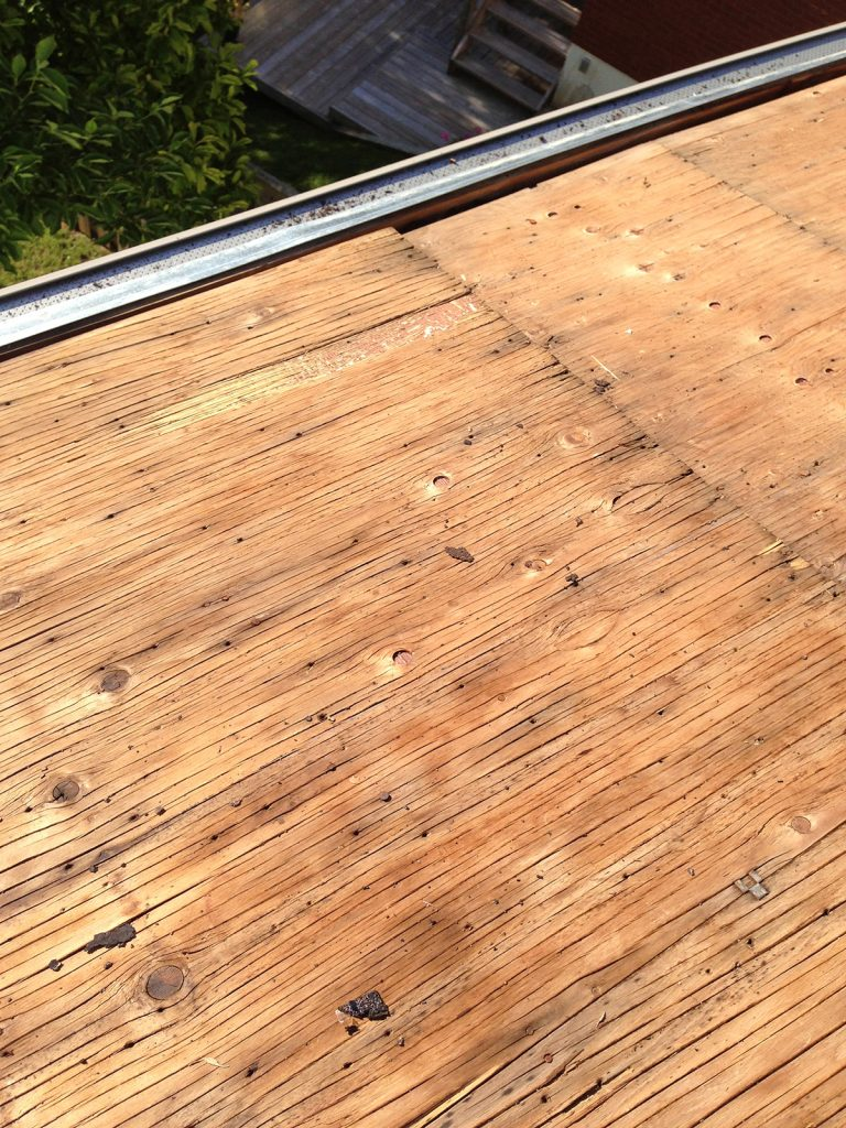Plywood Sheathing with Dry Rot